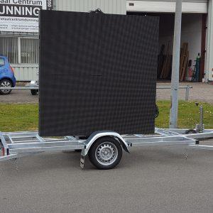 Aanhangwagen met LED-scherm 3