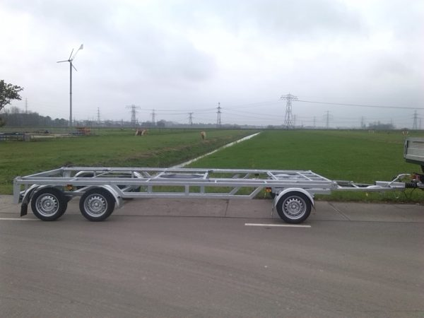 Schamel containeraanhangwagen
